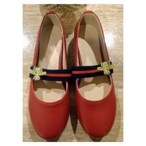 "NEW! Vero Cuoio ""BEE"" Baby Doll Flats"